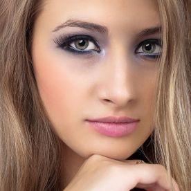Modelo: Liza Chechina Make up and Hairstyling: TINA STYLING